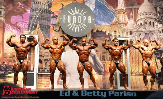 IFBB Pro Bodybuilder Con Demetriou At The 2010 Orlando Pro